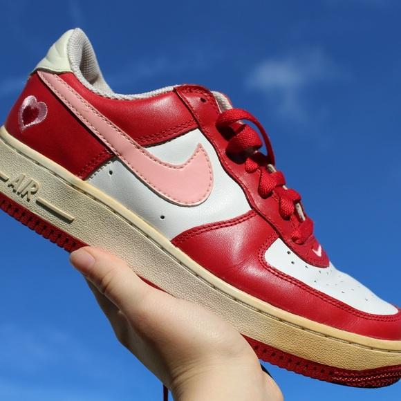 2beacb5d1f M_5b80948dbf7729a0977d8e70. Other Shoes you may like. Nike Wmns Dunk Sky  High Essential ...